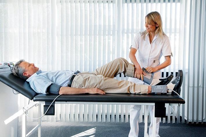 Измерение давления на ноге