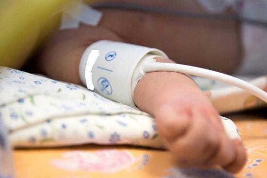 Измерение давления у новорожденного